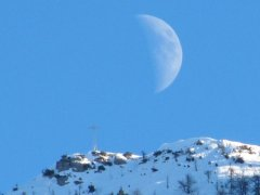 Roccapiana-e-luna.jpg